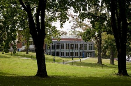 Agnes Varis Campus Center (Joanie Tobin/Tufts University)
